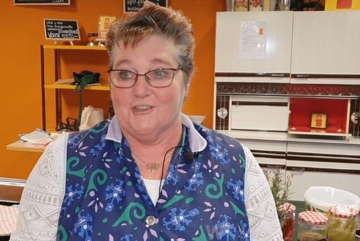 Tante Tosti's Tante Elly vertelt hoe zij via de banenmarkt van WSP bij Tante Tosti terecht is gekomen - Sociaal Werkkoepel Amsterdam